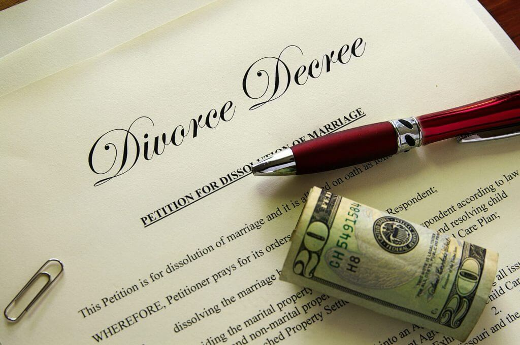Divorce decree paperwork